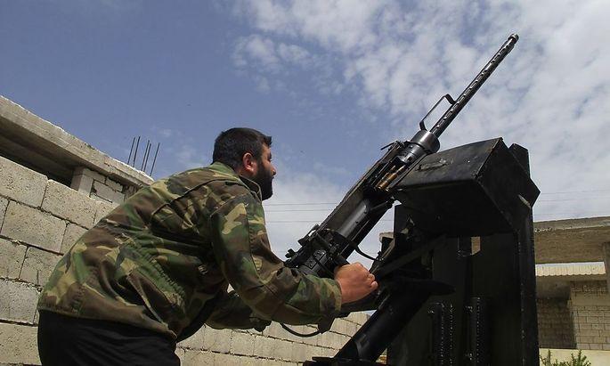 Schwere Angriffe auf syrische Stadt Qusayr (Symbolbild: Syrienkonflikt)