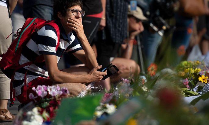 Weltweit herrscht Entsetzen über die Tat eines rechten Extremisten in Neuseeland.