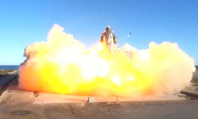 SpaceX-Rakete nach Testflug explodiert