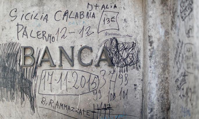 Italienische Banken stehen an der Börse gehörig unter Druck.