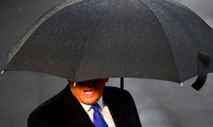 Nach seiner Rückkehr vom Nato-Gipfel in London muss sich US-Präsident Donald Trump dem Unwetter eines drohenden Amtsenthebungsverfahren stellen.