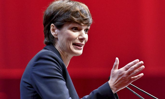Rendi-Wagner kündigt vorgezogene Wahl in Linz an.