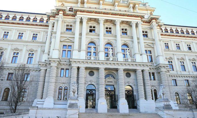 Gerade das Überraschungsmoment mache Hausdurchsuchungen effektiv, heißt es in der Stellungnahme des Oberlandesgerichts Wien. Die Begutachtungsfrist läuft noch bis Freitag.