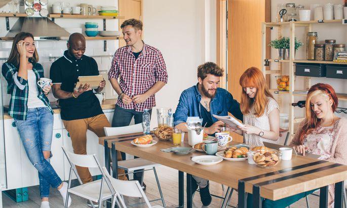 Gemeinsames Essen optional: Co-Living für Expats, Studierende und Pendler.