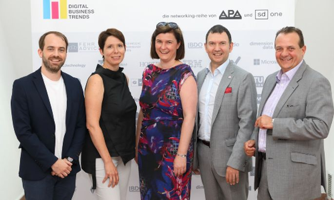 Im Bild v.l.n.r.: Christoph Truppe (Mindshare), Sabine Zinke (M.O.O.CON), Verena Krawarik (APA – Austria Presse Agentur), Bernhard Wiesinger (A1 Telekom Austria), Thomas Stern (Braintrust)