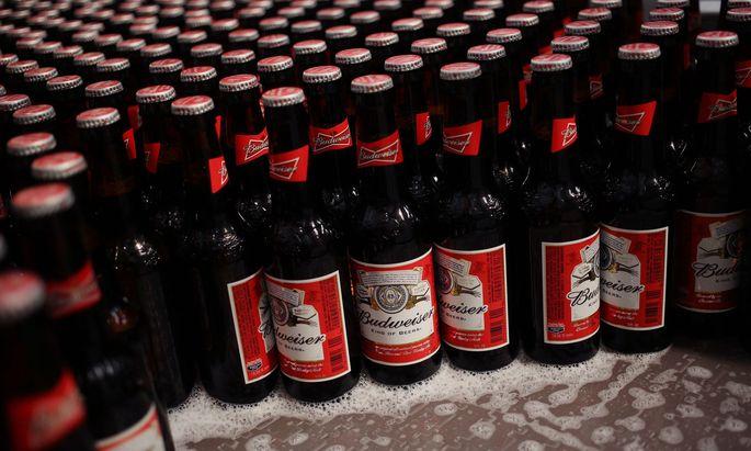 Eine Budweiser-Abfüllfabrik von Anheuser-Busch Inbev