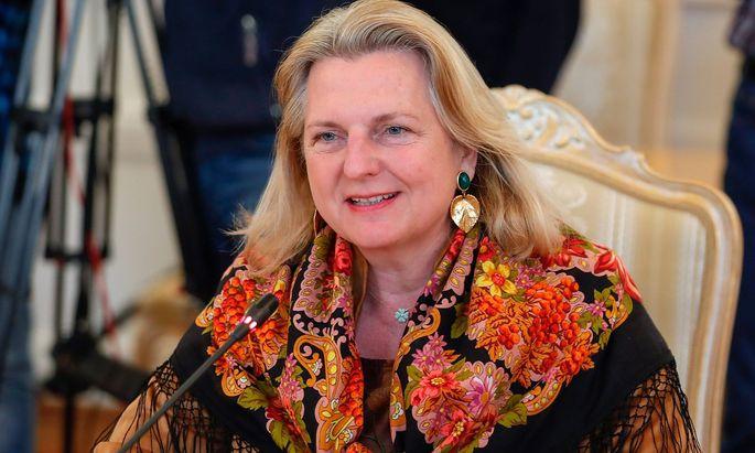 Österreichs Außenministerin Karin Kneissl in Moskau
