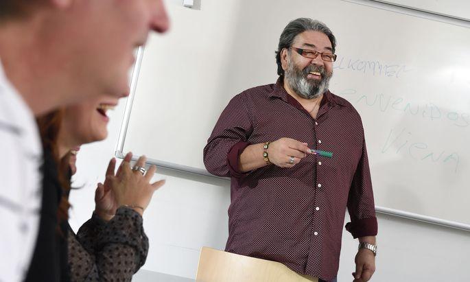 Freude am Erwerb von Wissen und Fertigkeiten steht bei den Bildungsangeboten der Volkshochschulen im Vordergrund.