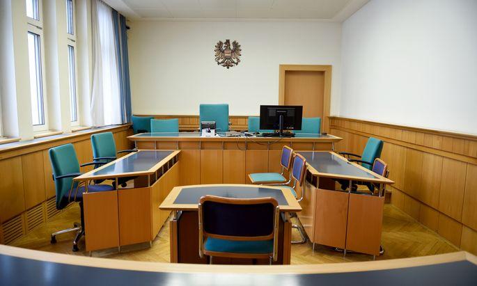 Bei Prozessen (Bild: Straflandesgericht Wien) gibt es zu wenig Dolmetscher.