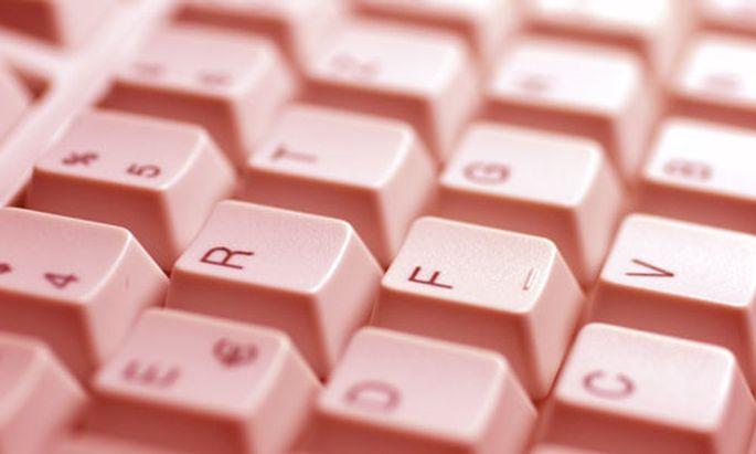 InternetRecht Eigene Regeln ueber