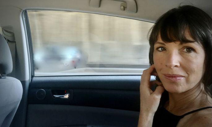 Rachel Cusk ist Chronistin intimster Beziehungen, nach der Mutterschaft geht es um die Ehe und ihr Ende.