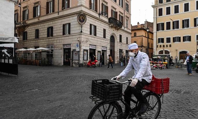 """Seit Mittwoch ist ganz Italien eine """"Sicherheitszone""""."""
