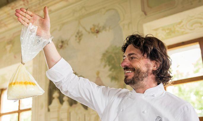 Thomas Dorfer vom Landhaus Bacher kocht schon länger mit Bienenwachs