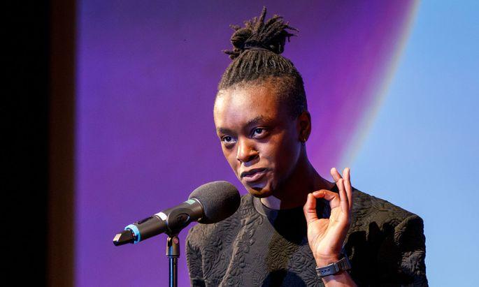 Der Brite Jay Bernard gehört zu den Vertretern der Spoken-Word-Kunst.