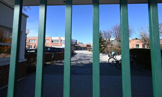 Schulschließungen stehen offenbar bevor, Foto der Vienna International School in Wien, die bereits kurz gesperrt war.