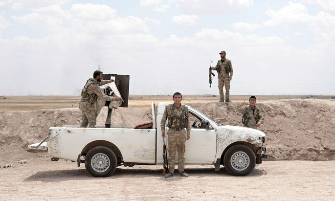 Syrian Kurds Battle ISIS