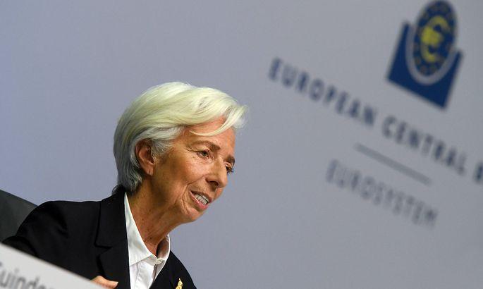 Zentralbank: EZB weitet Notkaufprogramm für Anleihen in der Corona-Krise massiv aus