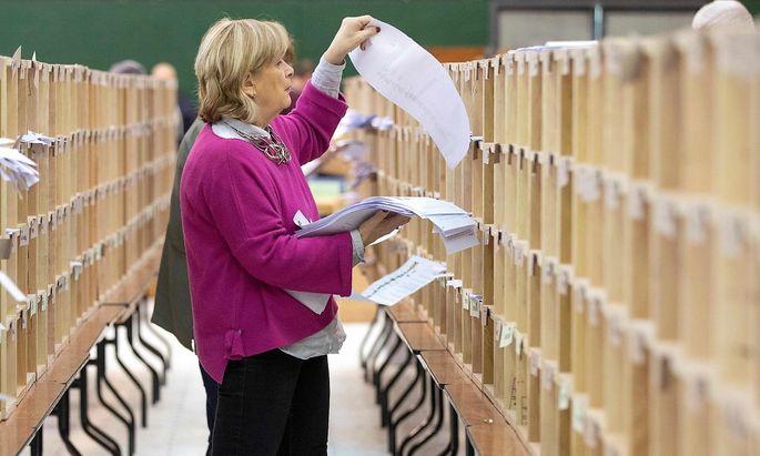 Stimmenauszählung in Cork im Süden Irlands