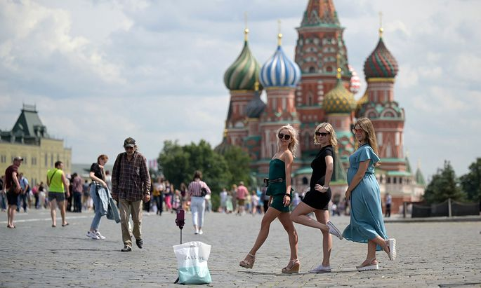 RUSSIA-WEATHER-DAILYLIFE