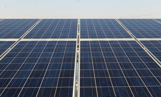 Ein Anbieter von Solaranlagen wollte sich mittels Crowdinvesting in Form von nachrangigen Darlehen finanzieren – und bekam erst vor dem Obersten Gerichtshof Recht.
