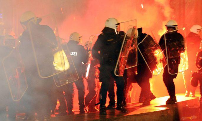 AUSTRIA PROTETS