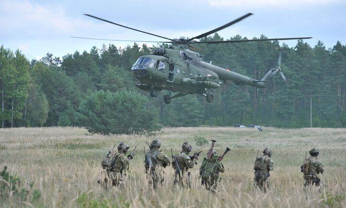epaselect POLAND MILITARY EXERCISES NOBLE SWORD-14