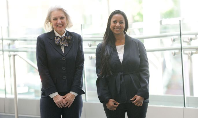 """Satellady"" Candace Johnson und Women- Investing-in-Women-Initiatorin Anu Bhardwaj."
