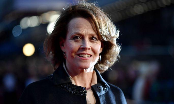 """Sigourney Weaver lebt bis heute in ihrer Geburtsstadt New York – und ist aktuell in dem Film """"Mein Jahr in New York"""" zu sehen."""