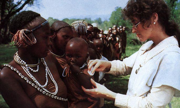 """Die Plantagenbesitzerin Tania Blixen als Krankenschwester (aus dem Film """"Jenseits von Afrika"""" mit Meryl Streep als Tania)."""