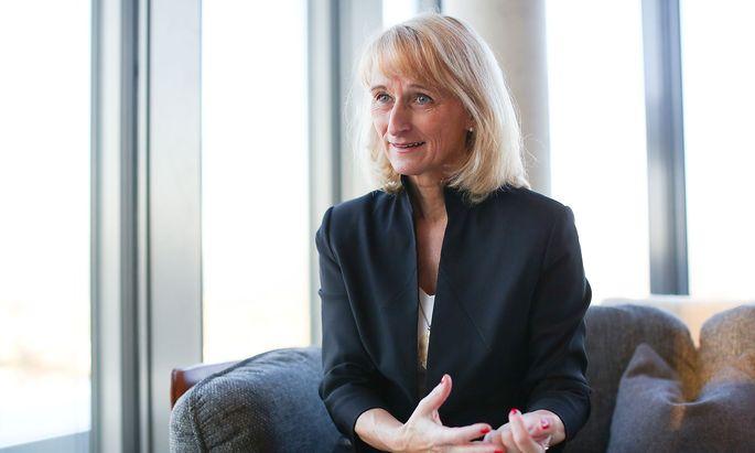 """Claudia Nuss: """"Nur wer die eigene Leistung anerkennt und von deren Qualität überzeugt ist, strahlt das auch aus."""""""