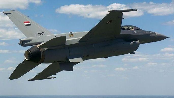 Eine der ersten neuen irakischen F-16