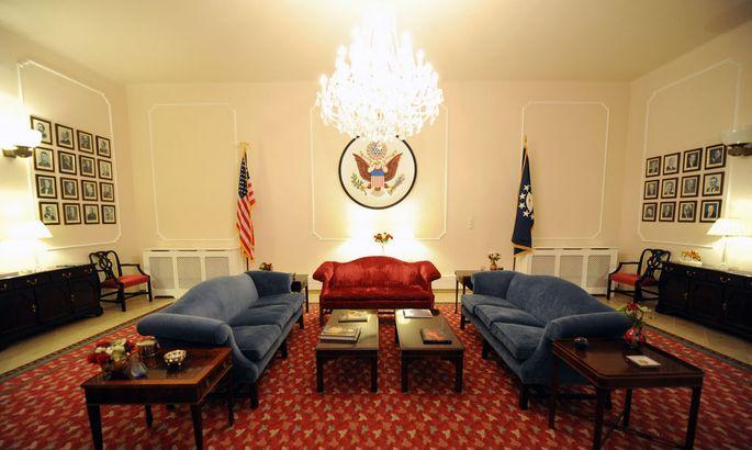 In der amerikanischen Botschaft in Wien soll die Agentendichte besonders hoch sein, sagt der frühere Chef des Wiener Sicherheitsbüros, Max Edelbacher.
