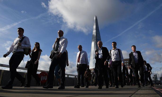 Wer nicht britischer Staatsbürger ist, den erwarten ab 31. Oktober genauere Kontrollen bei der Einreise.