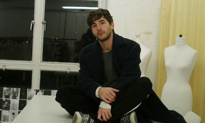 Der 27-jährige Spittaler Markus Wernitznig studierte in Central Saint Martins, arbeitet heute für Labels wie Fenty und Courrèges, für die LVMH- und die Keringgruppe.