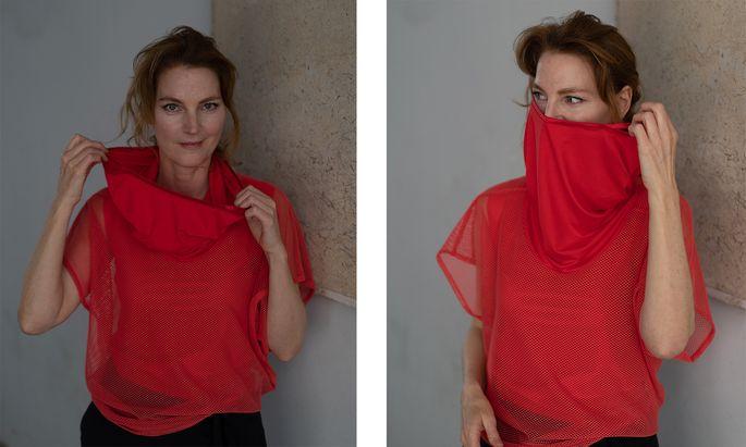 """""""Die Menschen wollen jetzt Farbe"""", sagt die Designerin hinter dem Label Michèl Mayer."""