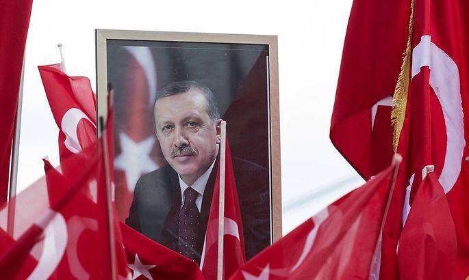 Erdogan auf einem Bild anlässlich der Türken-Demo vom Sonntag in Köln