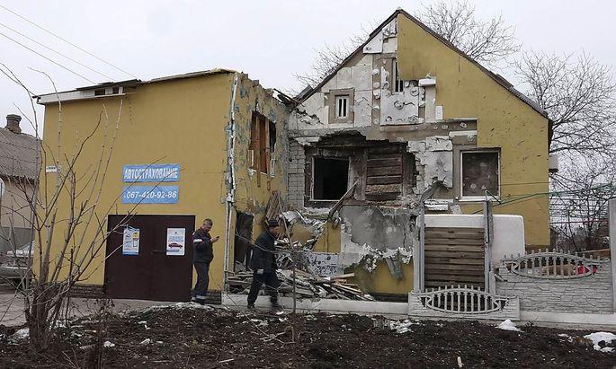 Zerstörtes Haus in Mariupol.