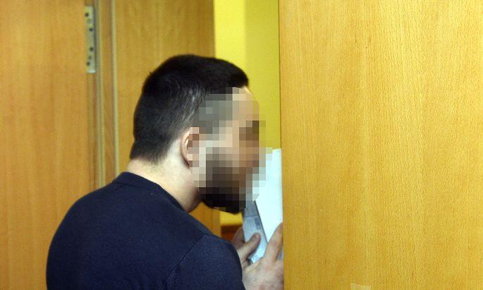 Der Angeklagte am Freitag vor Gericht
