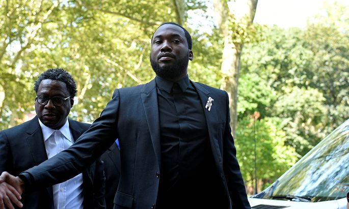 FILE PHOTO: Rapper Meek Mill arrives for a hearing at court in Philadelphia