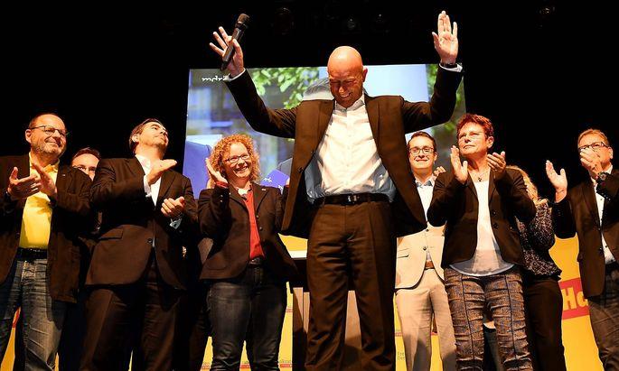 FDP-Chef Kemmerich musste lange warten, bis der Einzug seiner Partei in den Landtag fix war.