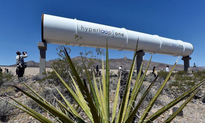 Die Röhre in der Wüste von Nevada soll einen Vorgeschmack geben auf das, was noch kommt.