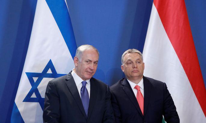 Der israelische Premier Netanjahu (l.) in Ungarn bei Regierungschef Orbán.