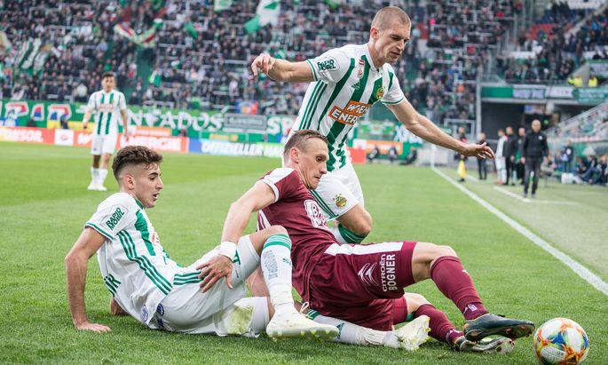 Auf Rapids Mert Müldür (l.) und Srdjan Grahovac wartet ein Husarenstück.
