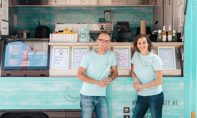 Natalie Henien und Peter Gottwald kam die Idee für den nachhaltigen Foodtruck beim Karotten entsaften.