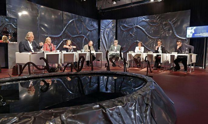 BACHMANN-PREIS 2014: WETTLESEN / JURY: WINKELS / FESSMANN / KELLER / SPINNEN / ANKOWITSCH / STRIGL / STEINER / DUSINI
