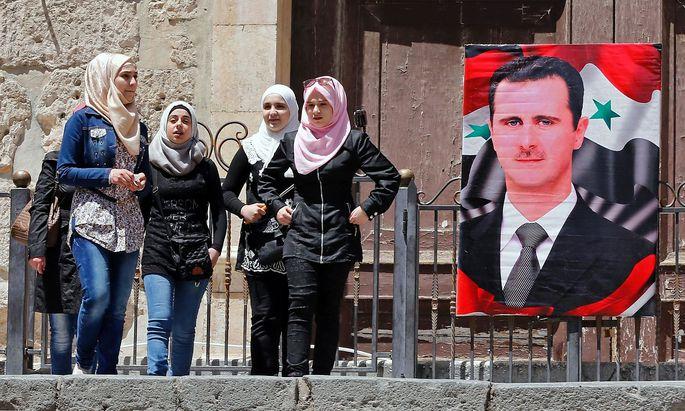 Die Sanktionen gegen das Regime sollen nun bis 1. Juni 2018 gelten.