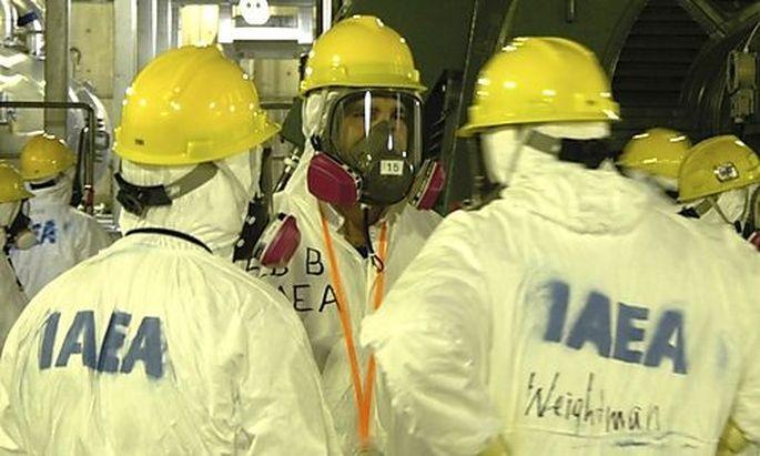 IAEA-Experten im Kraftwerk Fukushima