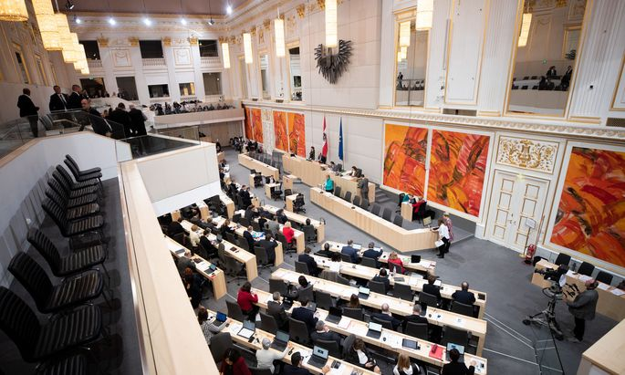 Blick in den Plenarsaal