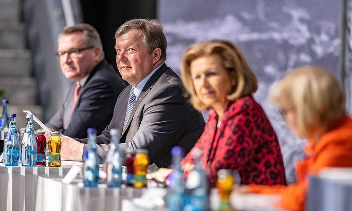 AUT, Sitzung des Tiroler Landtags 13.05.2020, Congress, Innsbruck, AUT, Sitzung des Tiroler Landtags, w�hrend einer Sitz