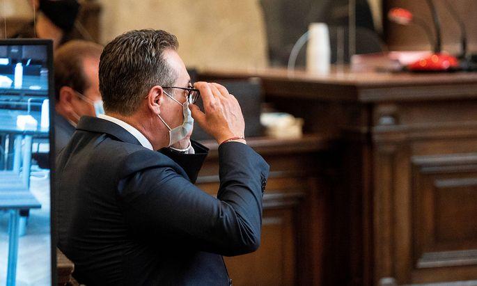 Strache steht seit Dienstag vor Gericht.